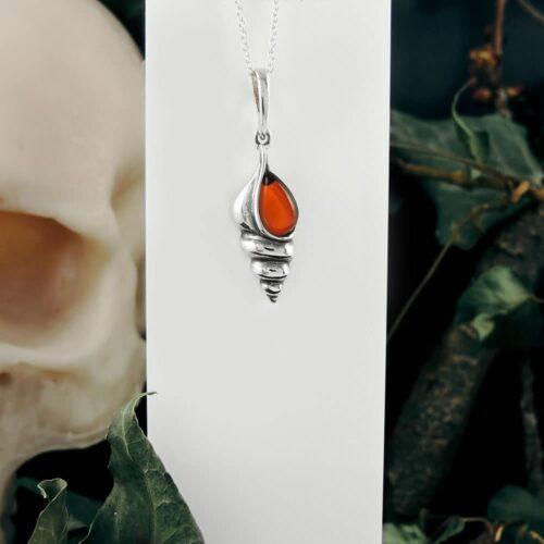 amber-shell-pendant