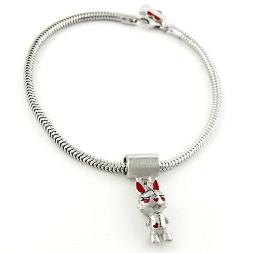 bunny-vampling-on-snake-bracelet