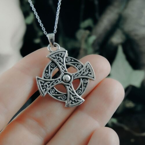 celtic-cross-pendant