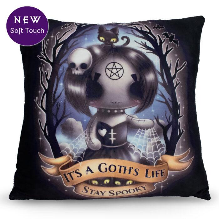 ebony-stay-spooky-cushion