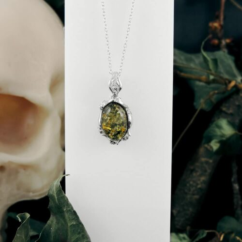 green-amber-val-fancy-pendant