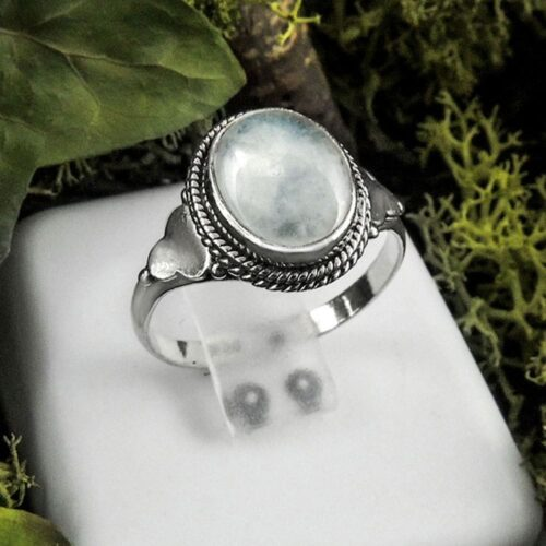 oval-moonstone-ring