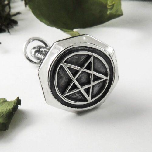 pentagram-stamp-pendant2