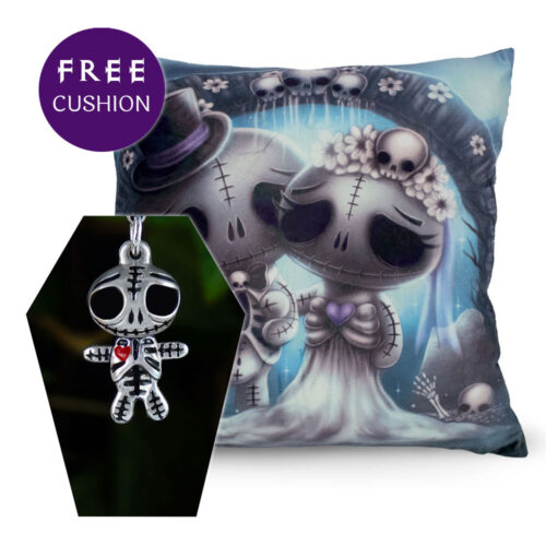 skully-skelling-charm-free-cushion
