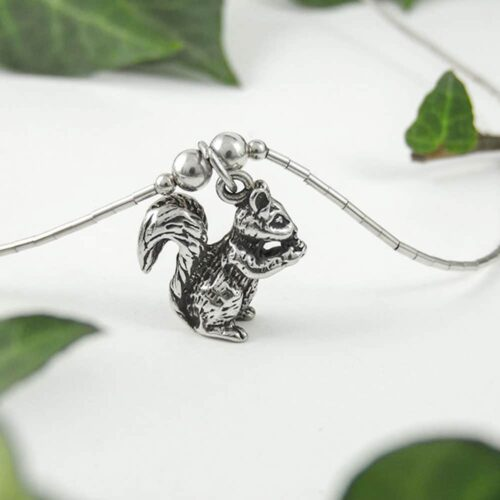 sterling-silver-squirrel-necklace