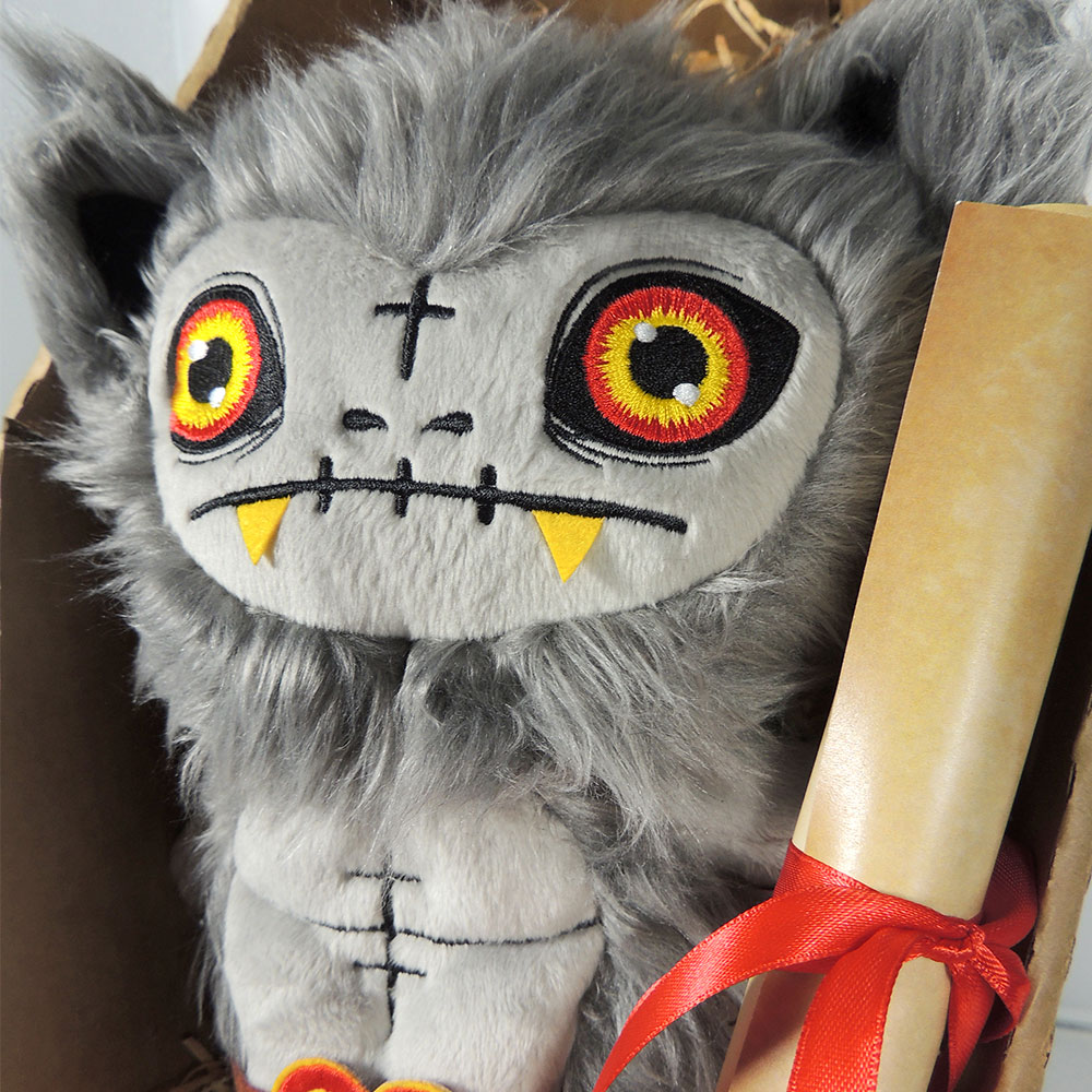 wolfgang-undead-plush-in-box-close-up